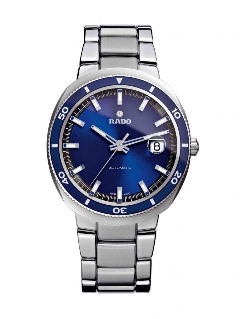 D-Star 200 carátula azul: horas, minutos, segundos y fechador a las 3 h