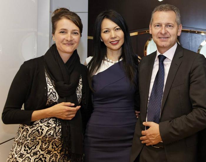 Sophie Kunz (Chronométrie Kunz y boutique Ulysse Nardin),  Chai Schnyder y Patrik Hoffmann (Chairwoman y CEO de Ulysse Nardin).