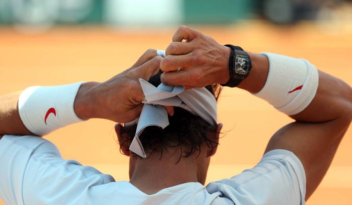 Rafael Nadal, Roland Garros 2013 // Rafa ha usado un reloj RM durante todos sus torneos, probando su desempeño y resistencia a los impactos.
