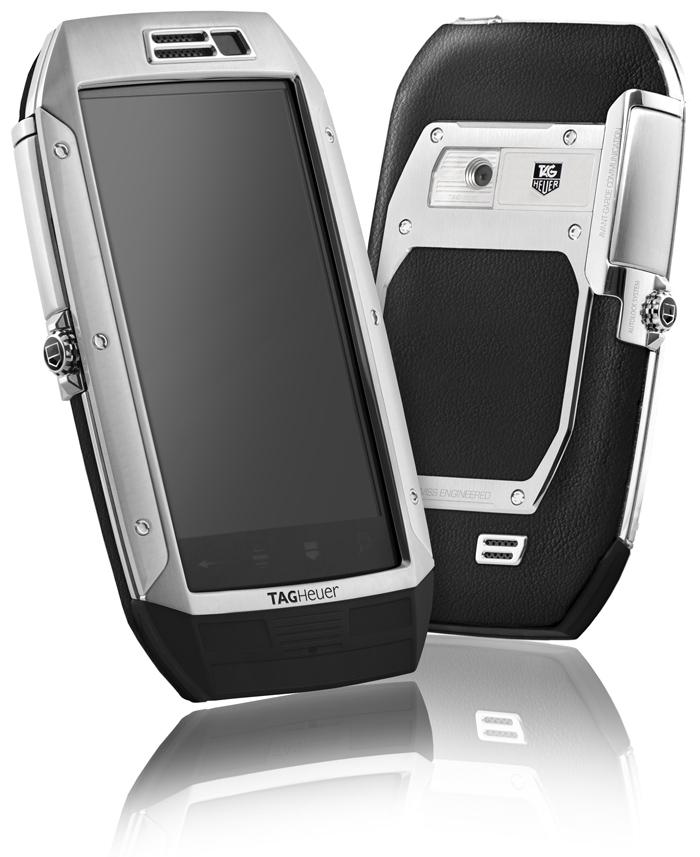 """TAG Heuer Link Classic Blac // Tamaño: 118 mm  x 67mm  x 16.6mm / Sistema operativo: 2,2 Android / Pantalla: táctil / Peso: 200 g (con batería incluida) / Tiempo de conversación: 6 h 30 m / Tiempo en espera: 14 días / Batería: Li-lon 1400 Ah / Mensajería: SMS / MMS / E-mail (la entrada de texto predictivo XT9); Formatos de imagen soportados: JPEG / GIF / BMP; Formatos de sonido soportados: MP3 / AAC / AAC + / RA / WMA // Red y Conectividad: Edge y HSDPA (3G +);  Bandas GSM / WCDMA de triple banda; AGPS, Wi-Fi, WAPI; Bluetooth ® estéreo; Compatible con cualquier tarjeta SIM // Multimedia:Memoria: 8 GB (hasta 16 GB); •Tiempo de reproducción de música: 11 horas; Reproductor de video y grabadora; Fotografía y video: LCM Pantalla: TFT de 3,5 """"'; Resolución de pantalla: 800 * 480 píxeles, 16 millones de colores; Cámara de 5 mega píxeles de enfoque automático; Reproductor de video y grabadora // Aplicaciones:Android Market con un máximo de 400 000 aplicaciones tales como: Adobe Flash Player, Google Search, Google Maps, Gmail, You Tube; 2 aplicaciones exclusivas: So Apps y TAG Heuer Mobile Security."""
