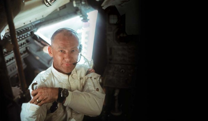spirit-and-history_pioneering-spirit_space-ambassadors_buzz-aldrin_showroom_28