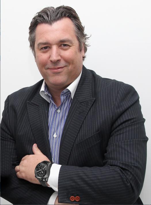 """""""Nuestra visión es crear y establecer una marca de relojes permanente con una exposición internacional, así como generar un nuevo mercado en lugar de competir en uno que ya existe"""": Rick de la Croix, Chairman de Bomberg."""