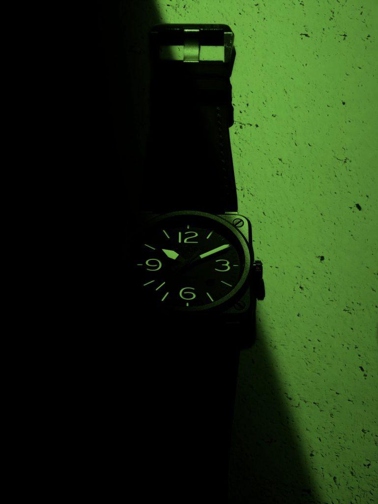 g57-01-br03-horolum-night-tarmac-bg-tif-1600