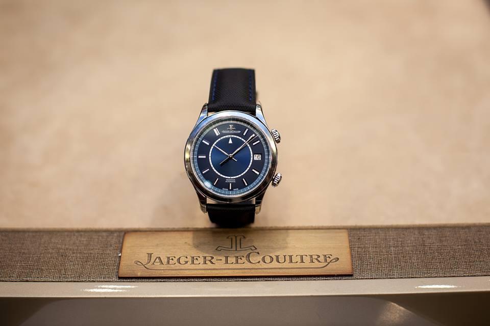 Jaeger-LeCoultre-Boutique-Memovox-2017-