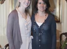 Caroline Appriu y Graciela Chávez de Cartier, posan para la cámara de Watches World.