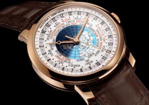 El Patrimony Traditionnelle World Time indica los 37 husos horarios del mundo, incluidos los que difieren de la hora universal coordinada (UTC) en media hora o un cuarto de hora, logro que le valió ser distinguido con el prestigioso Sello de Ginebra.