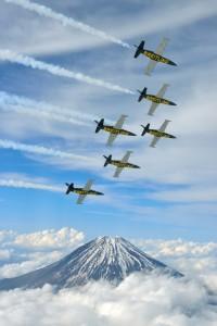 •El Breitling Jet Team termina su recorrido por tierras asiáticas ofreciendo un espectáculo aéreo lleno de adrenalina.