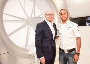 Georges Kern junto a Lewis Hamilton / IWC Selfridges Exhibition 2013