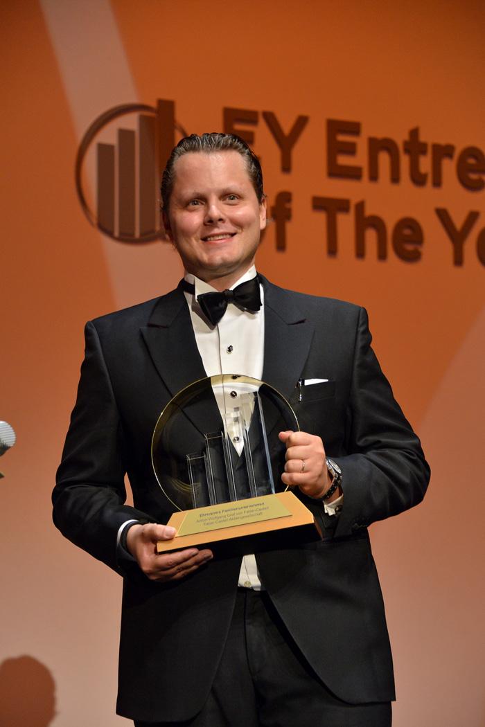 Conde Charles Graf von Faber-Castell, CEO.