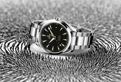 SE185_OMEGA-Seamaster-Aqua-Terra_15000_GAUSS_with-background