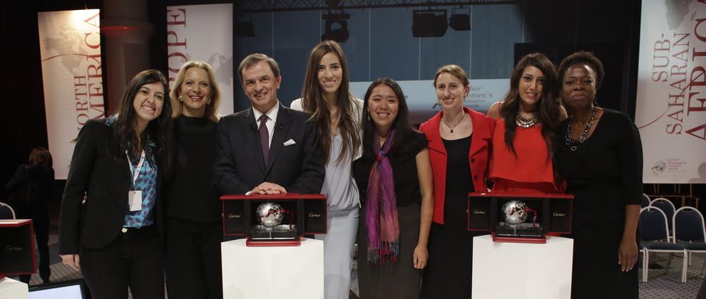 Stanislas de Quercize, Presidente y CEO de Cartier International con las ganadoras.
