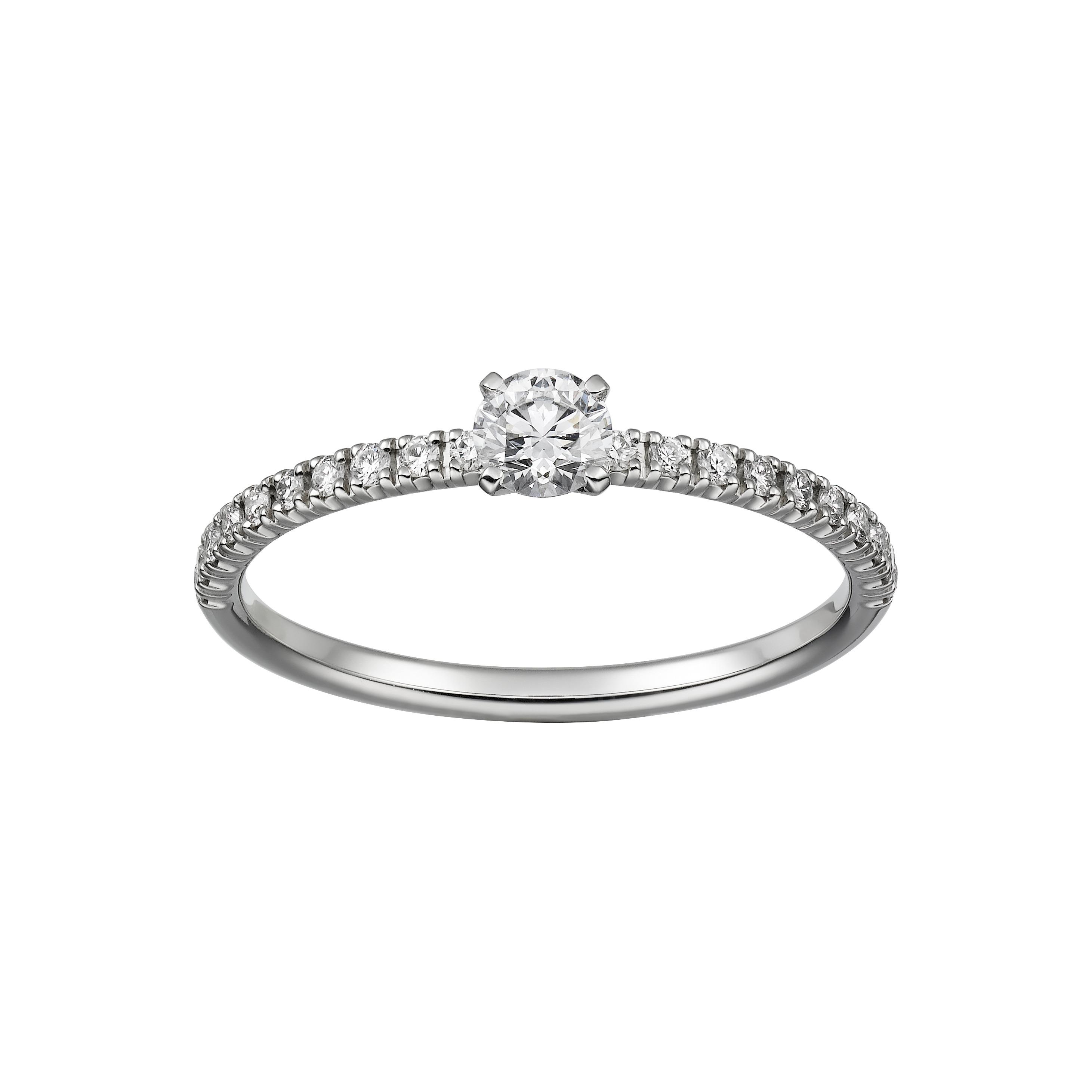 43d2478ae87b El modelo en platino está disponible en diamantes de 0.18 a 0.34 quilates y  en diamantes de 0.40 a 0.44 quilates