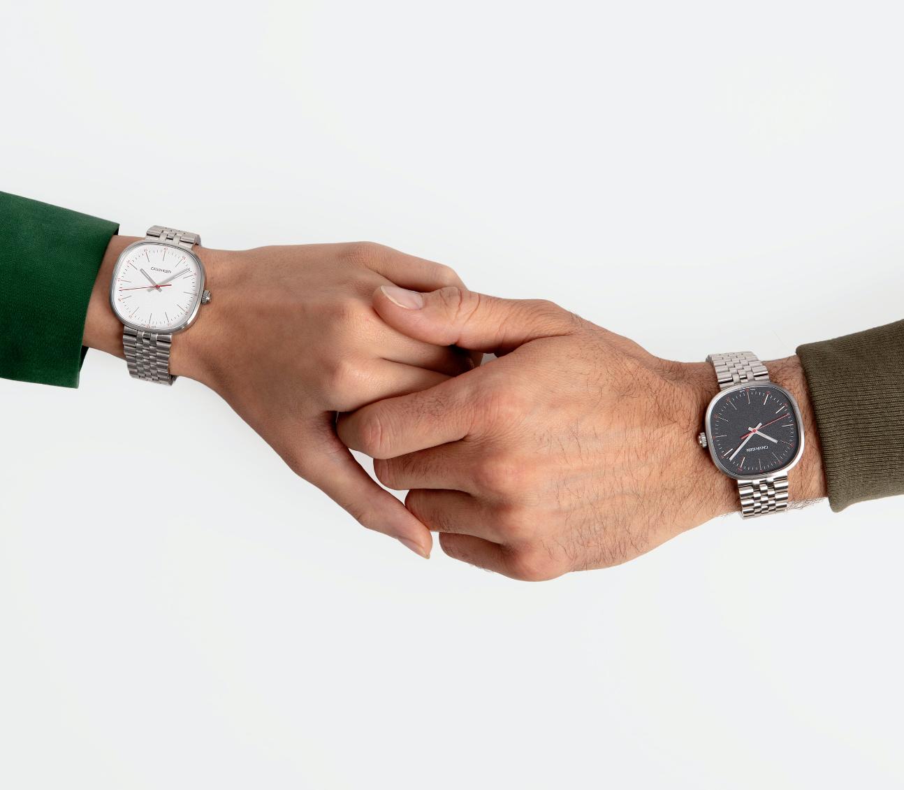 Relojes a la moda para hombres y mujeres