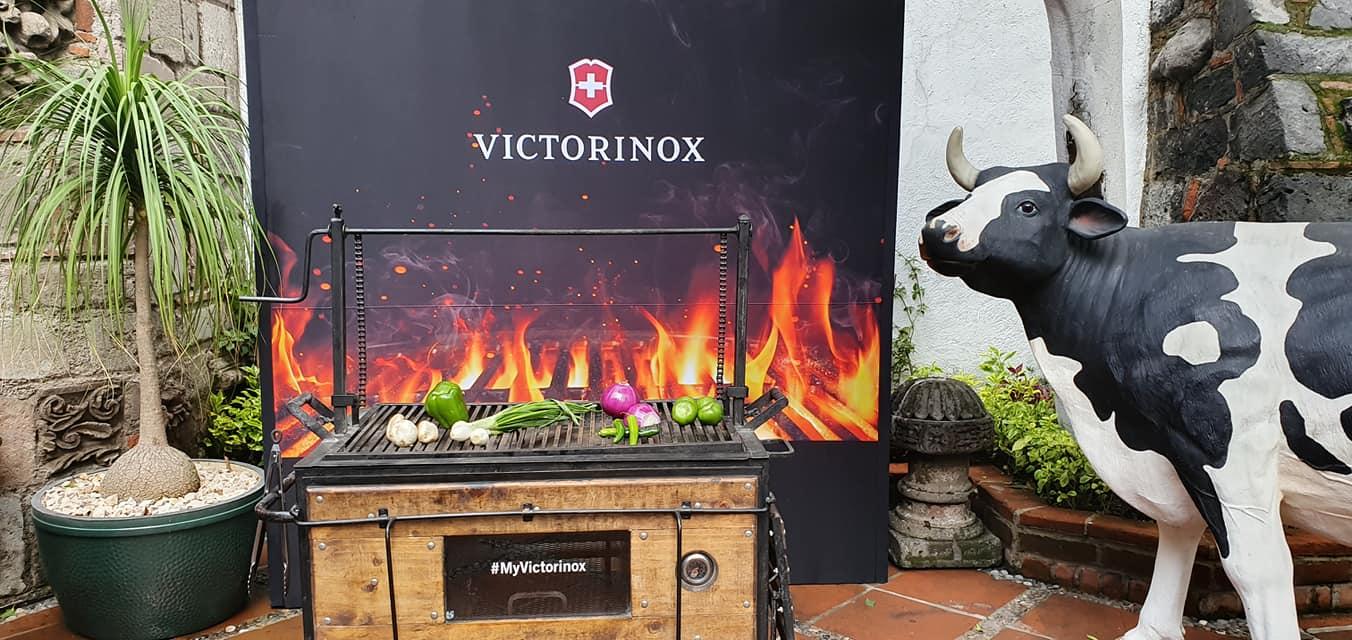 Victorinox te dice el tiempo para cocinar una carne