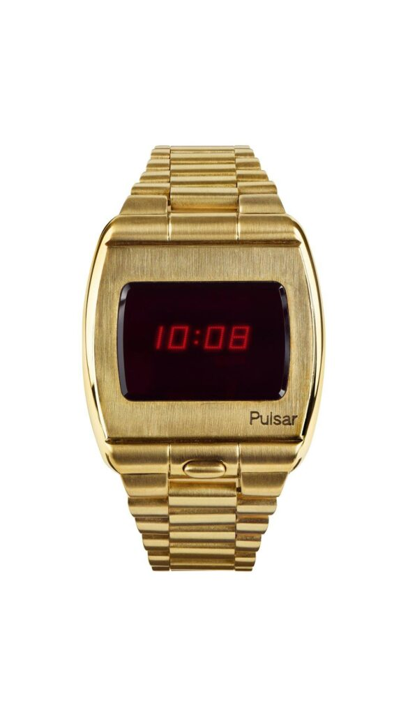 Hamilton Pulsar 1972-Gold-pack shot