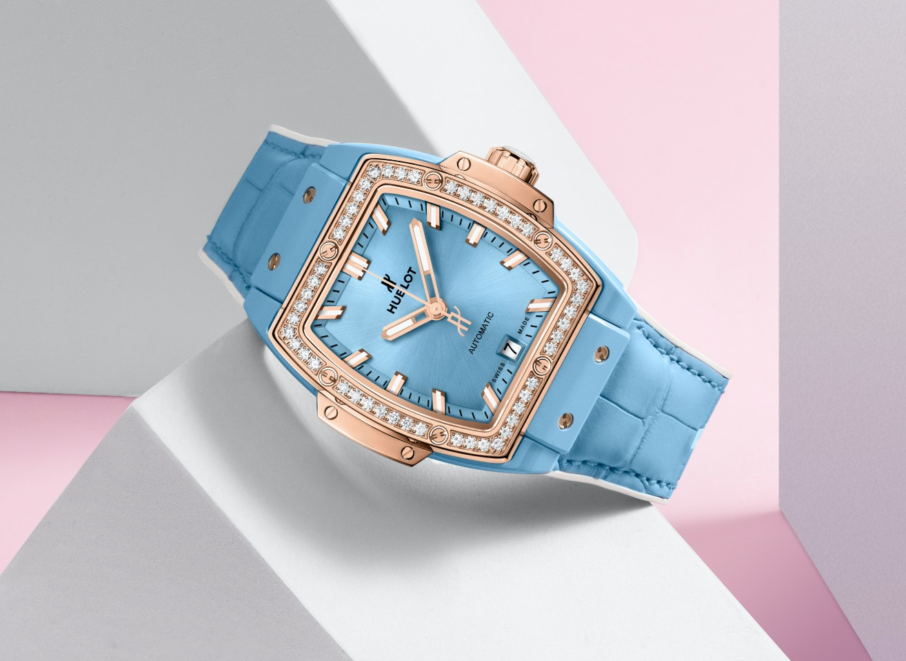 Hublot Spirit of Big Bang Light Blue mood gold