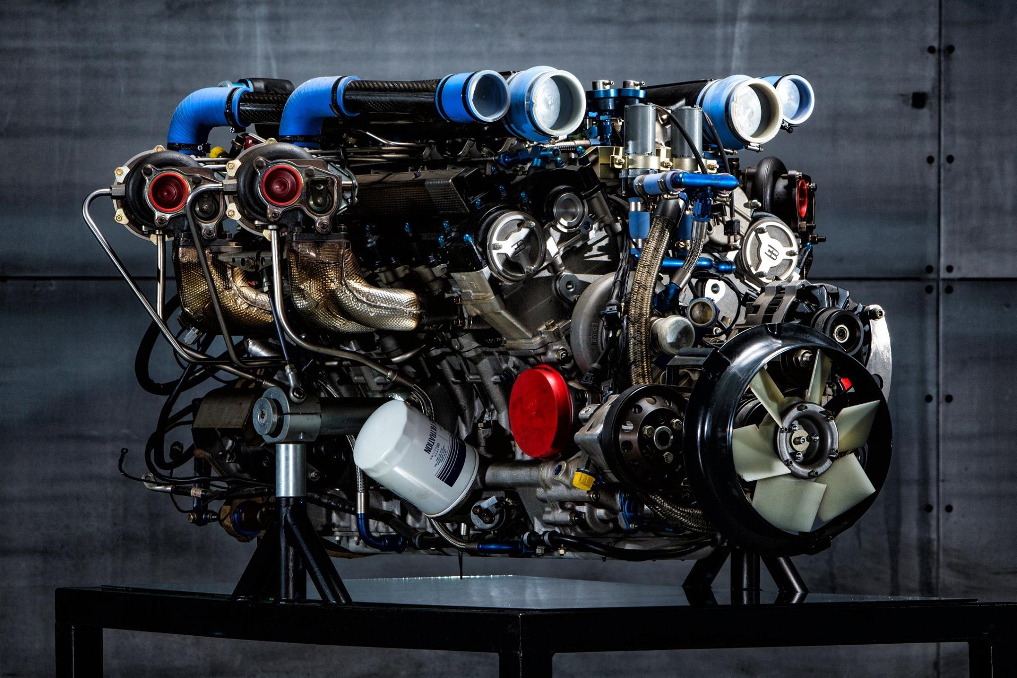 Bugatti Chiron Engine-W16-Turbo 8 liters