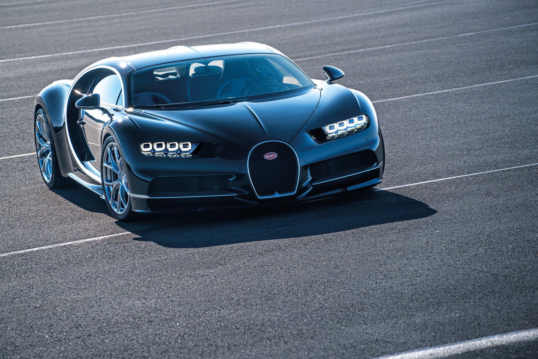 Bugatti Chiron-mood