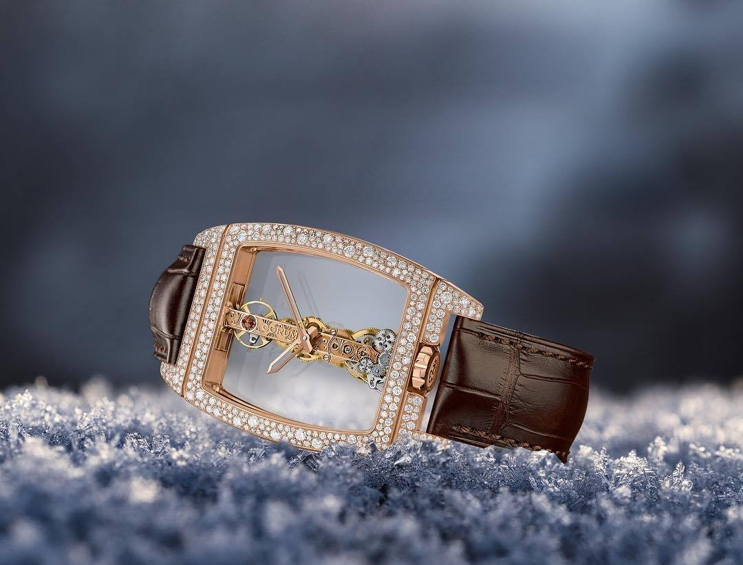 Corum Golden Bridge la historia-