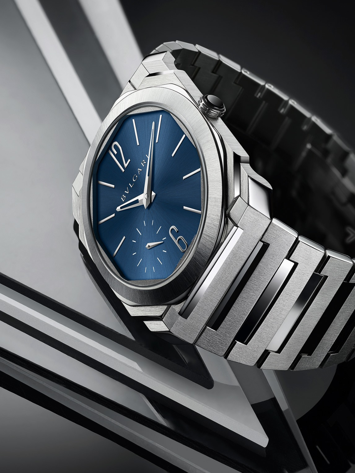 Bvlgari Octo Finissimo Automatic Steel Blue Dial-perfil