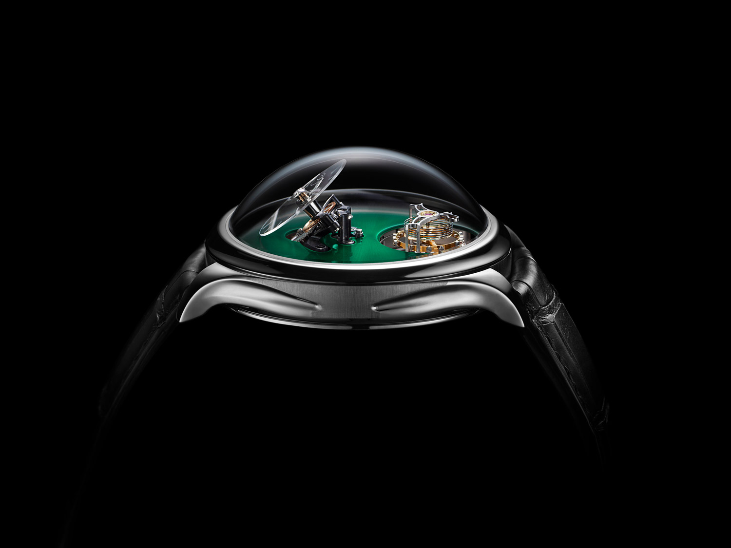 Endeavour_Cylindrical_Tourbillon_HMoserxMBandF_Profile_Cosmic-Green_Lres