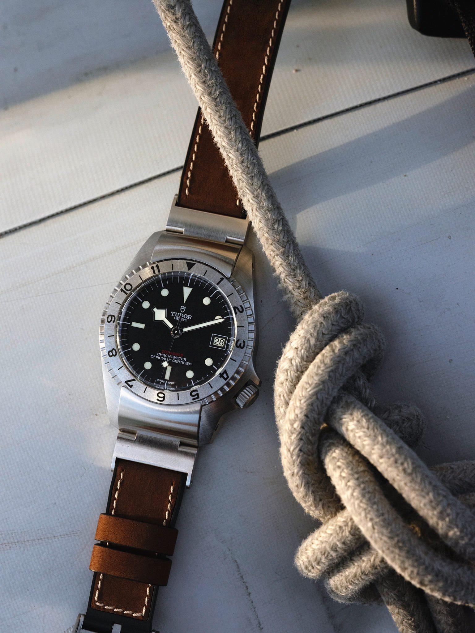 Heritage Naval Tudor - Black Bay P01