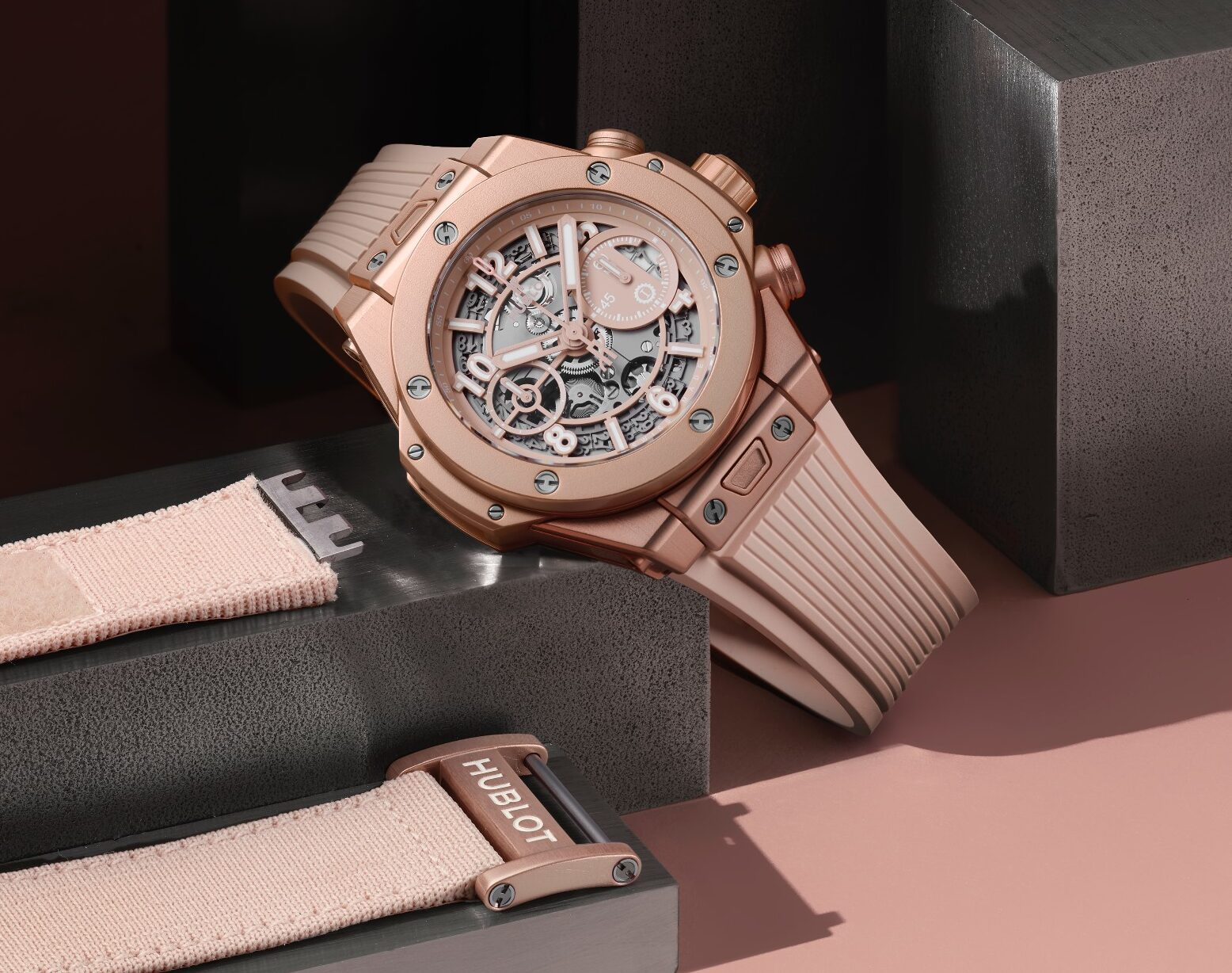 Hublot Big Bang Millennial Pink-hero