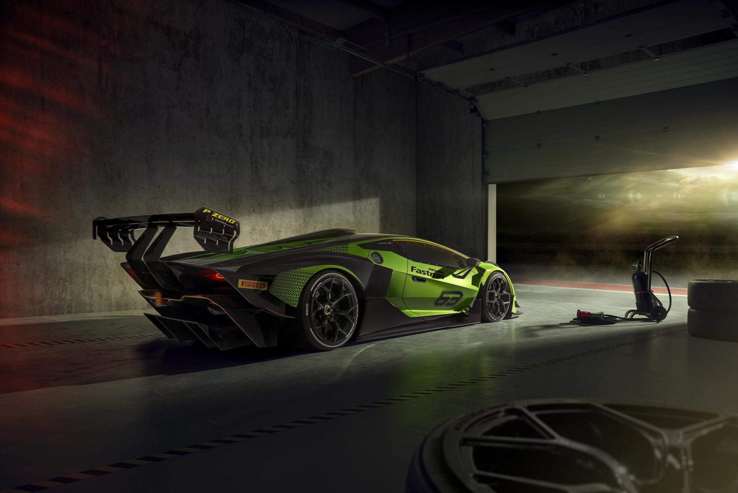 Lamborghini Essenza SCV12 garaje