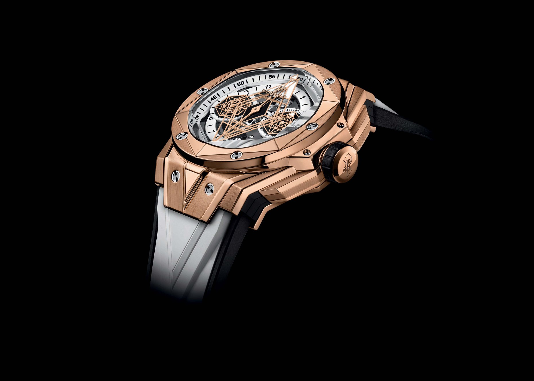Hublot Big Bang Sang Bleu II White- King Gold-lateral