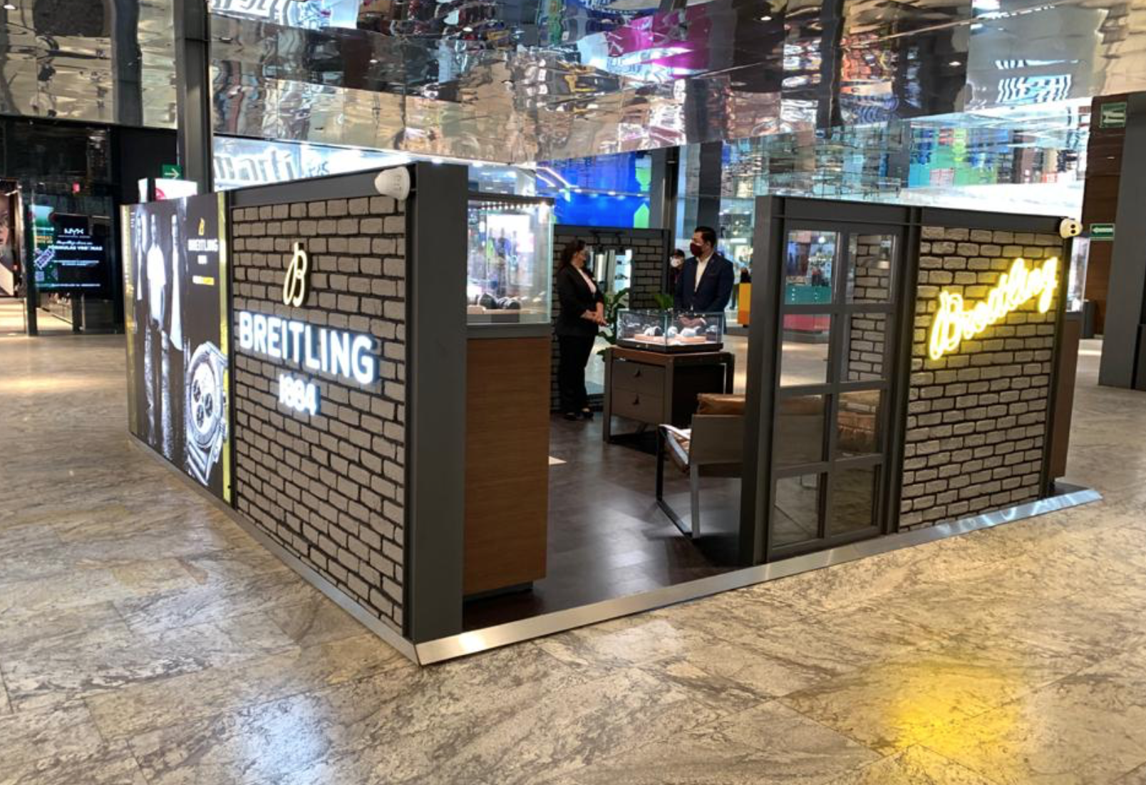 POP-UP-STORE-BREITLING-MEXICO-2021-1